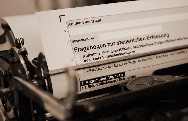 Schreibmaschine mit Formular